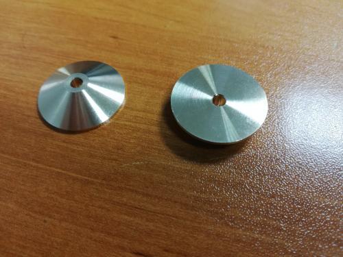 Serie de petites pieces en cone, Alu et Laiton.