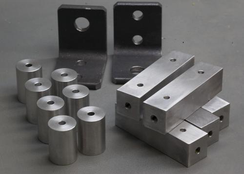 Lot de pièces en acier et alu